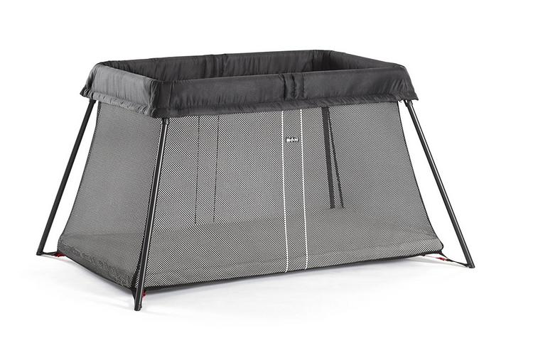 Avis et Test du lit parapluie Light de Babybjorn : un excellent produit